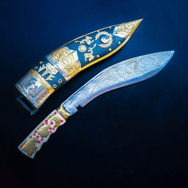 Dragon Khukuri with bone base