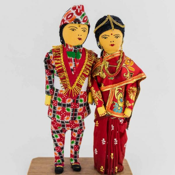 nepalese bride and groom - nepali cultural dress - nepali dress - nepali couple doll - thamelshop - decorative item